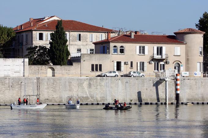 Prélèvement sur le Rhône à Arles