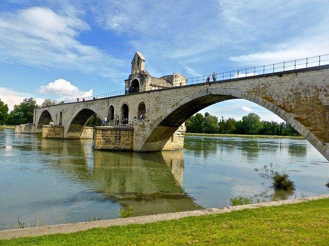 bridge-1005571_640